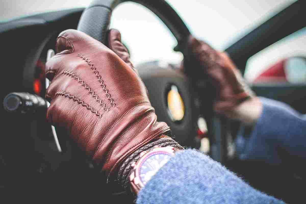 https://eskorzane.pl/wp-content/uploads/2017/05/gloves-highlight.jpg